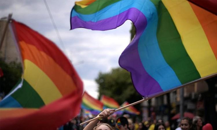 Qual é o papel das mulheres na luta contra a LGBTfobia?