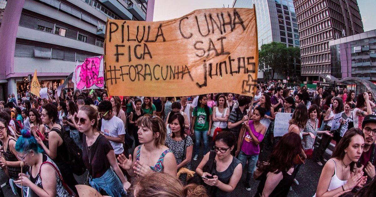 Reflexões sobre a organização do movimento feminista no Brasil